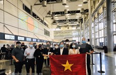 Repatriation flight brings home more Vietnamese from Australia, New Zealand