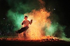 Fire-jumping ceremony of Red Dao ethnic group becomes national intangible heritage