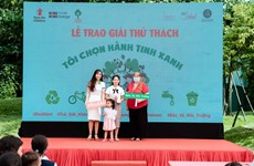 Vietnamese children, youths engage in environmental protection