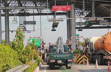 PM orders non-stop toll collections to go into service immediately