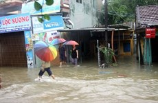 Severe flooding leaves 18 dead, 14 missing in central Vietnam