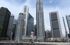 Singapore's GDP contracts by 7 percent in Q3