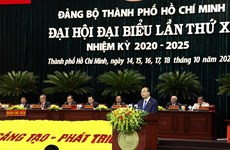 PM urges HCM City to maintain its status as Vietnam's economic engine