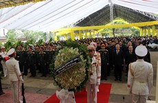 Memorial service for officials, soldiers killed by landslide in Thua Thien - Hue