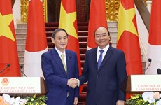 Vietnam continues close cooperation with Vietnam in COVID-19 fight