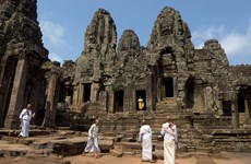 Int'l tourists to Cambodia's Angkor expected to rebound from 2021