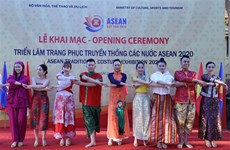 Exhibition of ASEAN traditional costumes opens in Hanoi