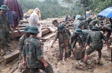 Rescuers race against time to find landslide victims in Quang Nam
