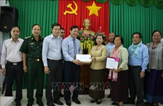 Cambodian Deputy PM provides aid to central region