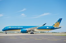 Vietnam Airlines wins three prestigious travel awards