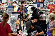 Singapore's retail sales continue to drop