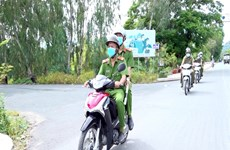 An Giang sees less crime thanks to regular police force