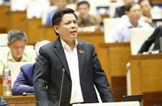 Transport minister promises breakthroughs in transport infrastructure in Mekong Delta