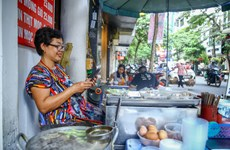 Vietnam's smartphone market sees new names