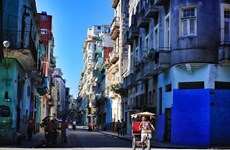 Photo exhibition highlights Vietnam-Cuba friendship