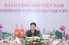 Vietnamese, Cuban Parties enhance friendship