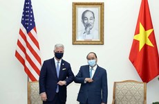 Vietnam, US agree to further cooperation in handling common challenges