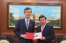 Consul General honoured for contributions to RoK-HCM City ties