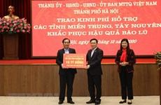 Hanoi grants nearly 4 mln USD to disaster-hit provinces