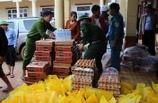 Vietnam receives about 25 million USD of international aid for central flood victims