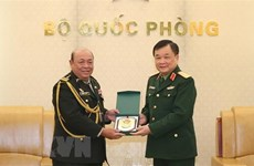 Deputy Defence Minister hosts Cambodian officials