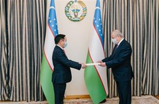 Uzbekistan looks to boost ties with Vietnam