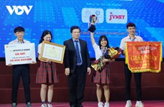 Outstanding projects in student start-up contest recognised