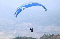 Putaleng paragliding tourney opens in Lai Chau
