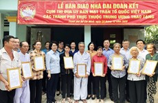 Houses of charity handed over to the needy in HCM City