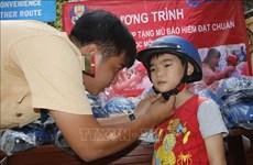 HCM City: more students wear helmets, but few helmets meet standards