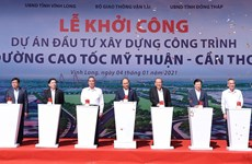 PM attends ground-breaking, launch ceremonies of major southern expressways