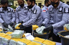 Indonesia's police arrest six suspected drug traffickers
