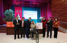 Red Cross Society hopes to present 1.5 million Tet gifts to the needy