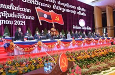 VFF leader congratulates Laos on 11th Party Congress