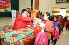 Humanitarian Lunar New Year fair for the poor in Ninh Binh