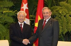 Cuban Party leader congratulates Nguyen Phu Trong on re-election