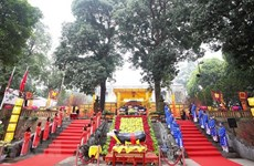 Thang Long citadel hosts imperial rituals to keep tradition alive