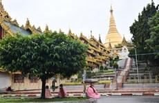 Myanmar reopens pagodas