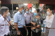 Health official inspects COVID-19 prevention, control in HCM City