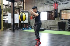 Vietnamese boxer gears up for world title shot