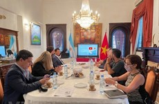 Argentinean press updated on Vietnam's political situation, socio-economic affairs