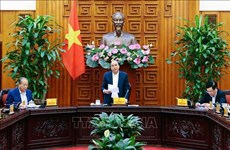 Permanent Cabinet members talk removal of ports along Sai Gon River
