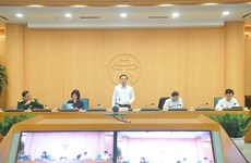 Hanoi allows re-opening of internet and online game shops