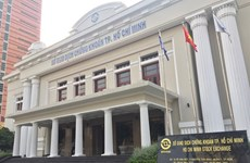 10 firms mull temporary move from overburdened HCM City bourse to Hanoi