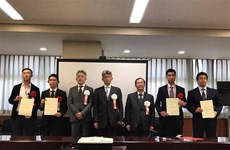 Four Vietnamese honoured as excellent foreign workers in Japan