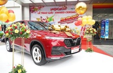 Vietjet gives 1.5 billion VND car to luckiest passenger at year-end festival season