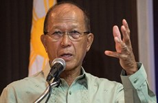 Philippines warns China's actions in East Sea