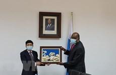 Vietnam, Mozambique enhance ties in education