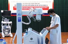 Japan presents medical equipment to Hue Central Hospital
