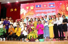 Vinh Long's university holds New Year celebration for Cambodian, Lao students